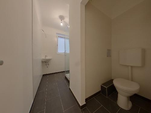 Bathroom 03_1